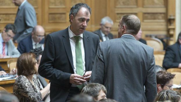 WAK-Präsident Christophe Darbellay sammelt nun Fragen an den Bundesrat.