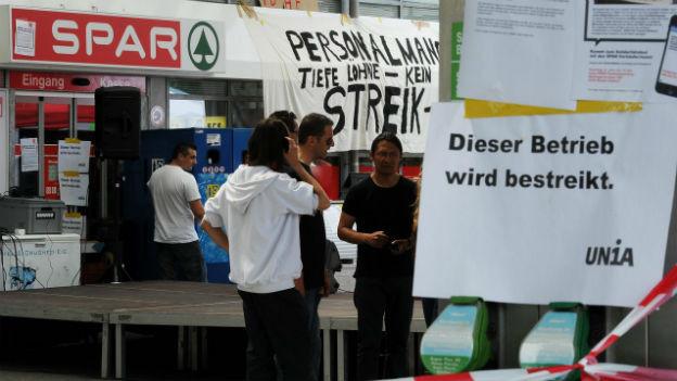 Streik: Tankstellenshop von Spar in Dättwil/AG.