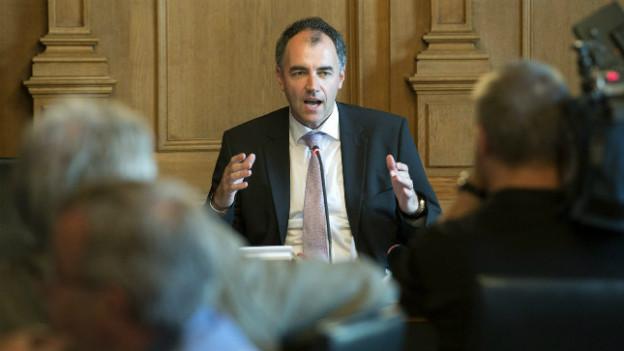 Bleibt beim «Nein»: Die Wirtschaftskommission des Nationalrates (hier mit Präsident Christophe Darbellay).