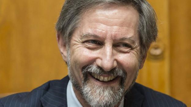 Der scheidende Generalsekretär der Bundesversammlung, der Basler Christoph Lanz, wird durch die Vereinigte Bundesversammlung verabschiedet, am Mittwoch, 19. Juni 2013 an der Frühlingssession der Eidgenössischen Räte in Bern.