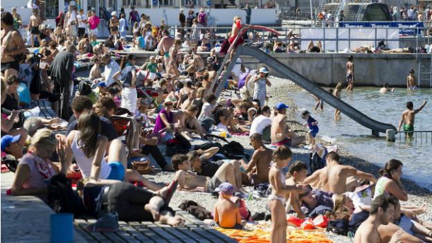 Die Stadt Genf wartet weiterhin auf ein grosses Strandbad im Zentrum