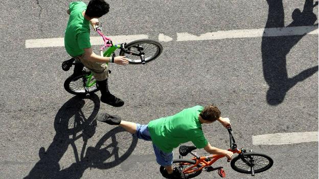 Gesundheitspolitiker wollen Velofahren für Kids wieder hipper machen.