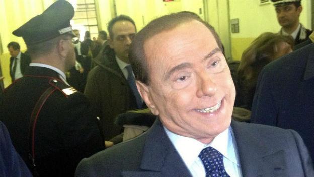 Silvio Berlusconi muss sich den Richtern wegen Steuerbetrug stellen.