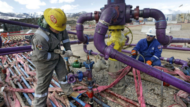 Einsatz der Fracking-Methode bei einem Erdgasloch in Colorado, USA.