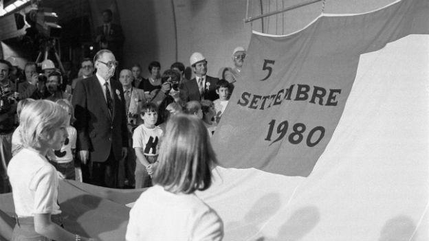 Bundesrat Hans Hürlimann bei der Eröffnung des Gotthard-Strassentunnels
