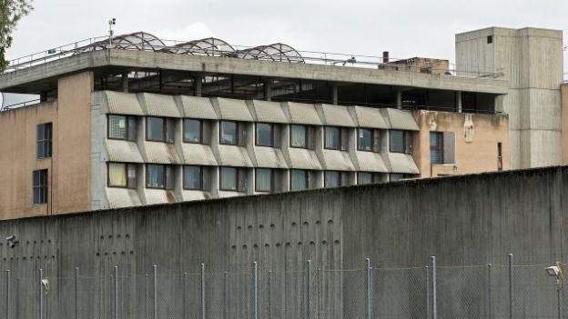 Westschweizer Kantone wolle Freigänge für Häftlinge verschärfen
