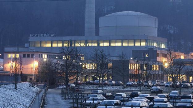 Das Kernkraftwerk Mühleberg muss sicherheitstechnisch nachrüsten - zuwenig, finden die Kritiker.
