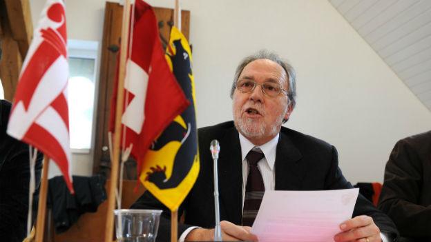 Dick Marty, Präsident der Interjurassischen Versammlung am 8. März 2012.