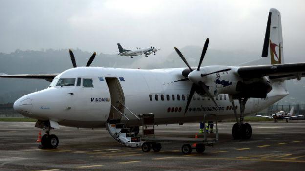 Die Probleme des Flughafen Agno