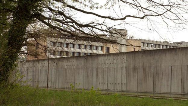 Von aussen ruhig, das Gefängnis Champ-Dollon.