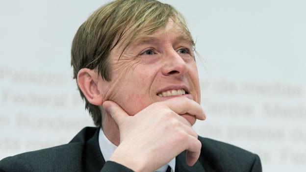 Preisüberwacher Stefan Meierhans präsentiert den Jahresbericht am Freitag, 28. Februar 2014, in Bern.