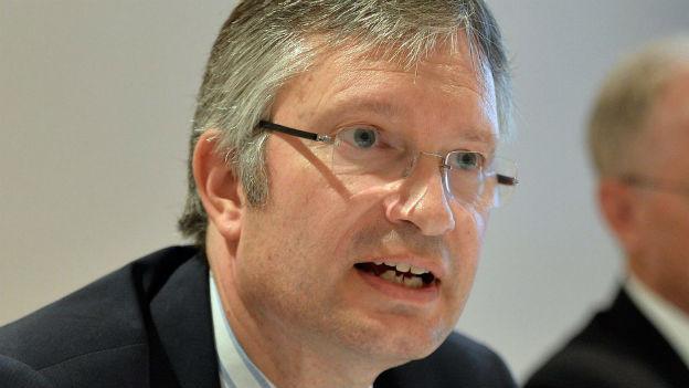 Portraitaufnahme von Roland Müller, Direktor des Schweizerischen Arbeitgeberverbandes.