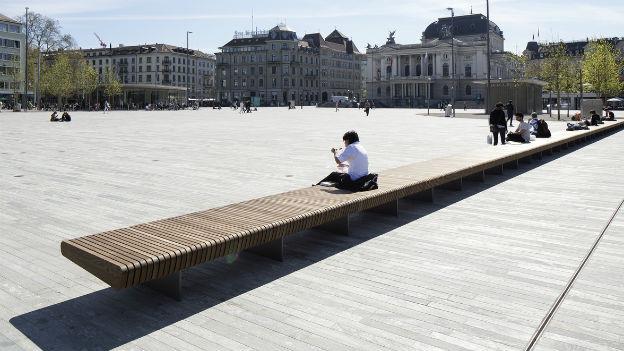 Der neue Sechseläutenplatz in Zürich wird heute der Bevölkerung übergeben