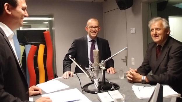 SVP-Nationalrat Gregor Rutz (Mitte) und SP-Ständerat Hans Stöckli (rechts)