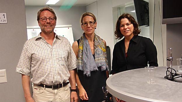 Daniele Piazza, Katja Gentinetta, Michelle Beyeler – Teilnehmer der Freitagsrunde.