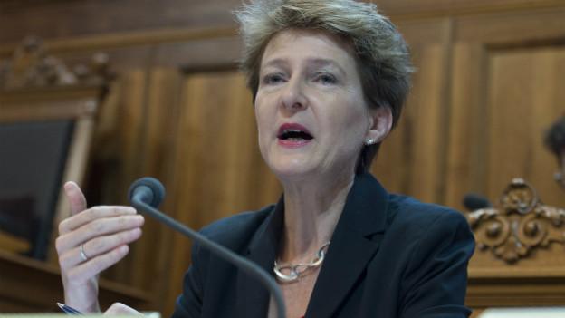 Bundesrätin Simonetta Sommaruga spricht im Ständerat.
