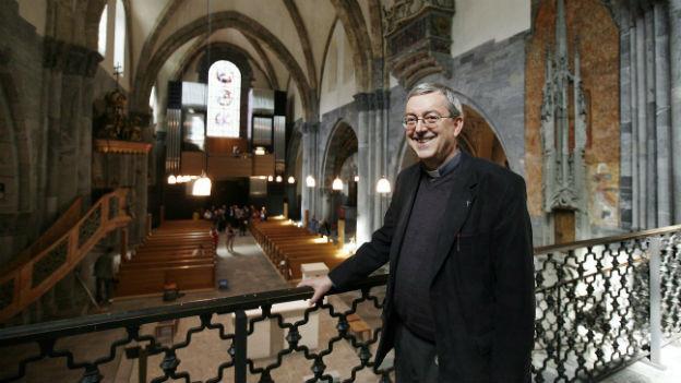 Domherr Christoph Casetti in der Kathedrale von Chur.