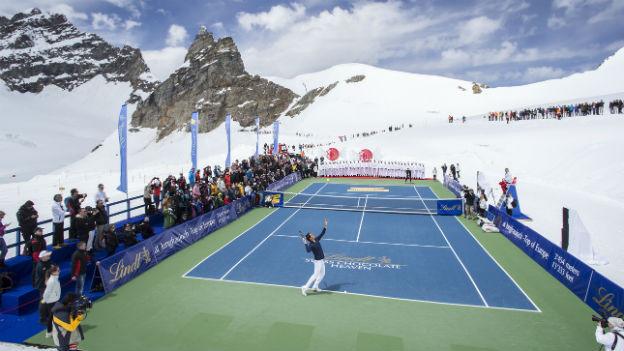 Show-Tennis-Match auf dem Jungfraujoch am Mittwoch zur Einweihung des Lindt&Sprüngli-Shops.