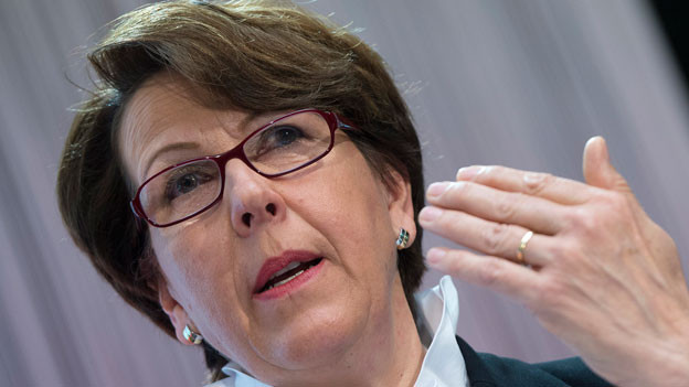 Susanne Ruoff, Konzernleiterin Schweizerische Post, waehrend der Bilanzmedienkonfernz der Schweizerischen Post am Donnerstag, 13.3.2014, in Bern.