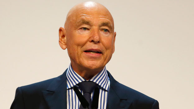 Der abtretende Verwaltungsrat Peter Brabeck-Letmathe am Rednerpult an der ordentlichen Generalversammlung der Credit Suisse im Hallenstadion in Zuerich am Freitag, 9. Mai 2014.