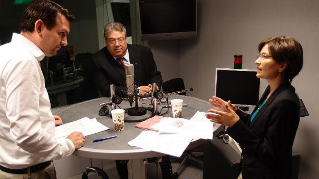 Grüne-Nationalrätin Regula Rytz und CVP-Ständerat Filippo Lombardi (Mitte) im Studio.