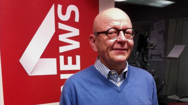 Der Präsident des Transgender Network Switzerland, Henry Hohmann, im Studio von Radio SRF4 News in Bern.
