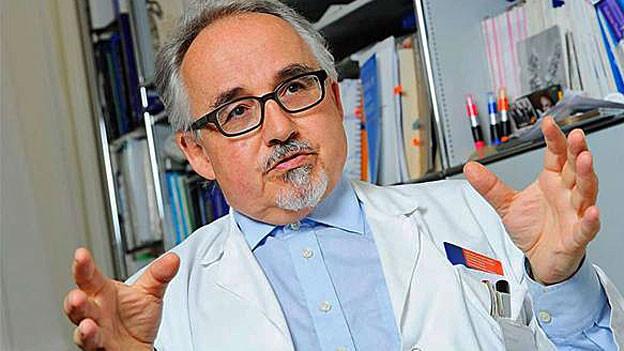 Portrait von Thomas Cerny, Facharzt FMH für Innere Medizin und Onkologie Chefarzt Onkologie / Hämatologie am Kantonsspital St. Gallen.
