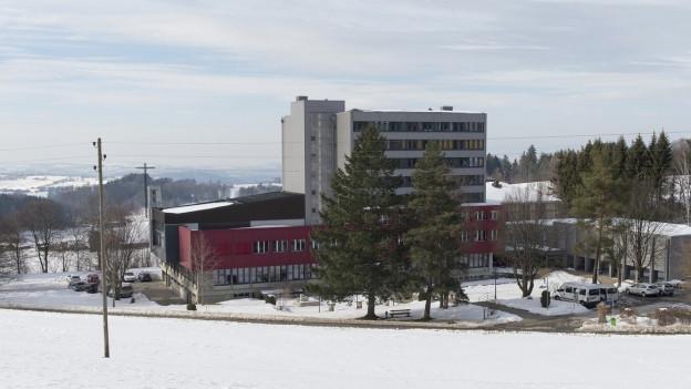 Gebäude des geplanten Bundesasylzentrums in Giffers (FR).