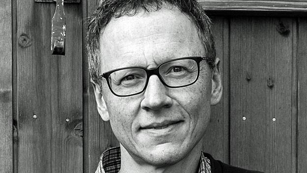 Portrait von Oliver Zimmer.