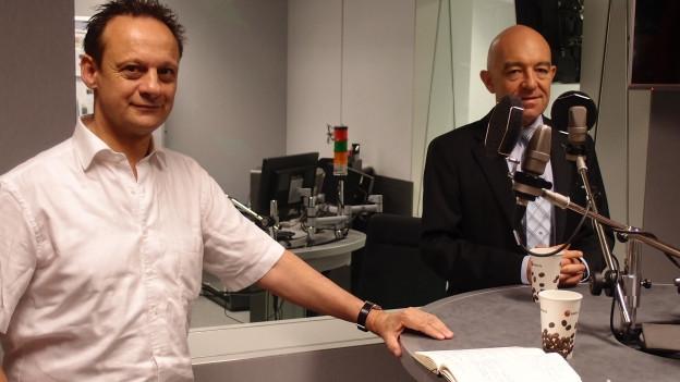 CVP-Ständerat Stefan Engler (links) und SP-Nationalrat Daniel Jositsch im Radiostudio.