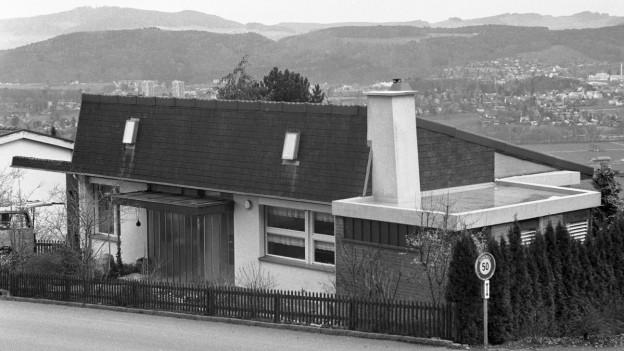 Das Haus in Kehrsatz, wo man am 1. August 1985 die Leiche gefunden hatte.