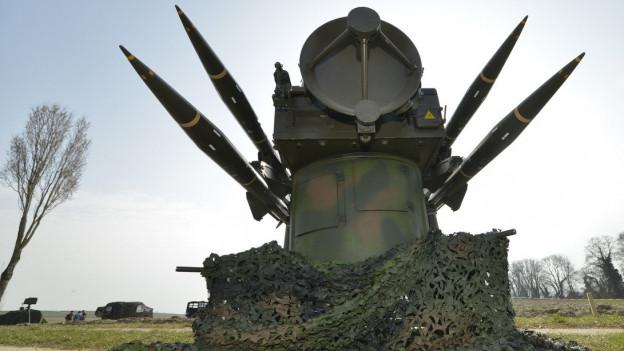 Luftabwehrraketen der Schweizer Armee von vorne aufgenommen.