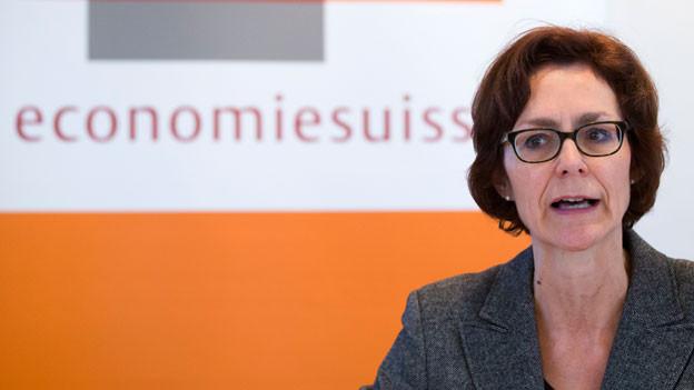 Monika Rühl, Vorsitzende der Geschäftsleitung Economiesuisse, spricht während der Jahresmedienkonferenz, am 2. Februar 2015 in Bern.