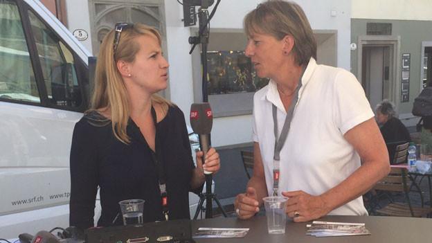 Isabelle Maissen (links) und Danièle Hubacher von SRF.