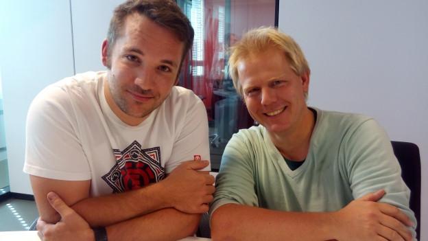Die beiden Medientalk-Gäste im Moderationsstudio in Zürich.