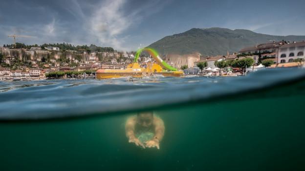 Aufnahme eines Tauchers im Lago Maggiore vor Ascona.