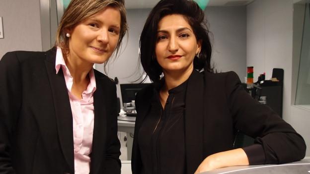SVP-Nationalrätin Barbara Steinemann (links) und Sibel Arslan von der linken Gruppierung Basta im Radiostudio Bern.