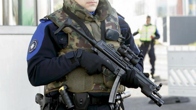 Warnungen und Verhaftungen in Genf