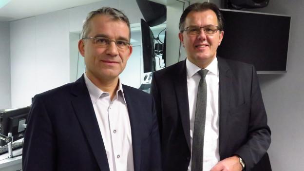 Das Bild zeigt SP-Nationalrat Beat Jans und FDP-Nationalrat Peter Schilliger im Studio von SRF 4 News.