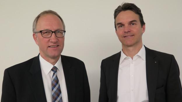 Zu sehen sind der Zuger CVP-Ständerat Peter Hegglin und der Zürcher FDP-Nationalrat Beat Walti.