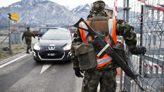 Ein Schweizer Soldat in Thusis