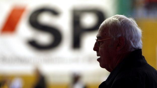 Helmut Hubacher während einer SP-Veranstaltung.