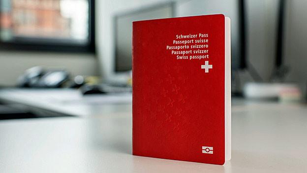 Ein Schweizer Pass.