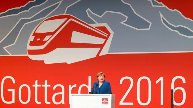 Bundeskanzlerin Angela Merkel an der Gotthard-Basistunnel-Eröffnungsfeier.