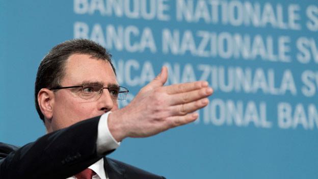 Thomas Jordan, Direktor der Schweizerischen Nationalbank (SNB), präsentiert die geldpolitischen Entscheide der SNB am 16. Juni 2016 in Bern.