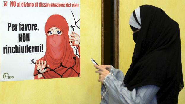 Vor dem Verbot der Burka im Tessin