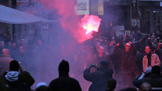 Ein Fanmarsch in Basel.