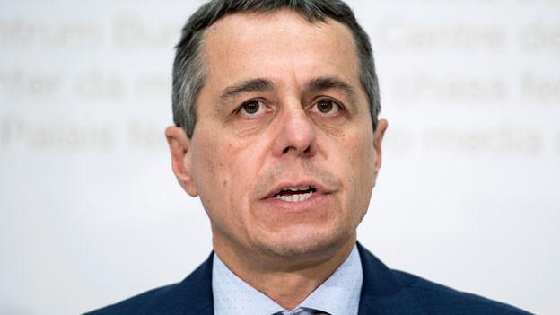 FDP-Fraktionspräsident Ignazio Cassis anlässlich einer MK am 19. August 2016.