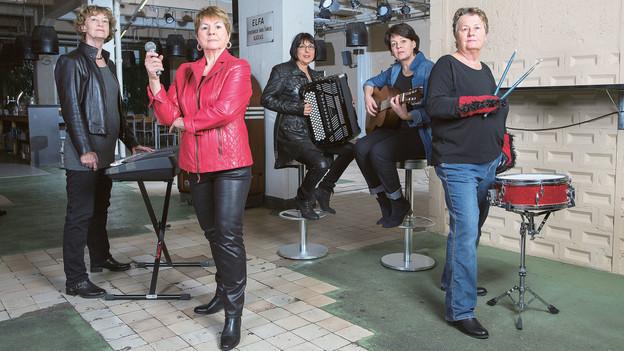 Fitte Grossmütter: Die fünf Frauen der Rockband «Crème brulée».