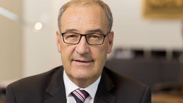 Portrait Bundesrat Guy Parmelin.